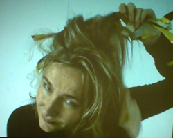 Videostill Borderlines Tape#hair